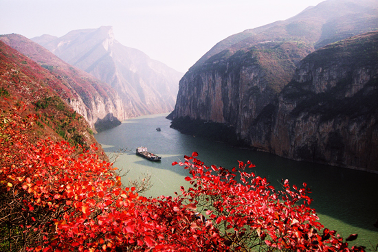Winter Scenery along Three Gorges