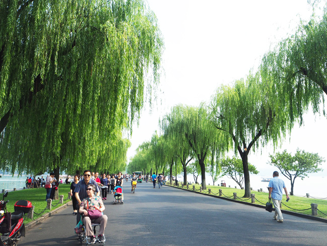 Bai Causeway of Hangzhou West Lake