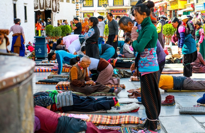 Devout pilgrims at Jokhang Temple